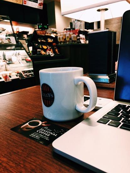 タリーズコーヒー・品川インターシティ店の店内の様子
