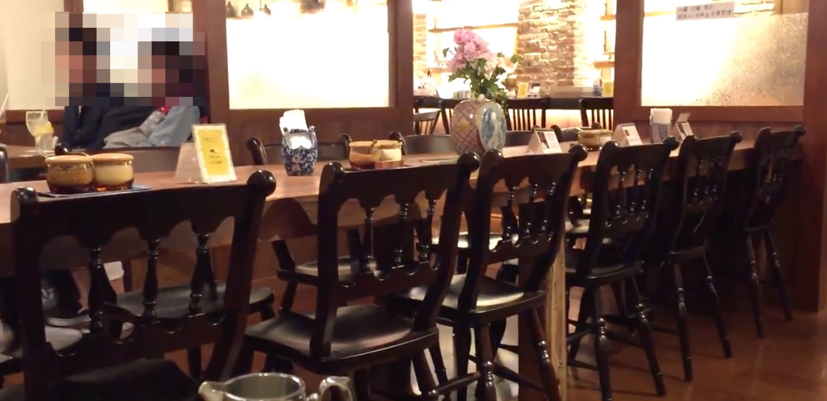 但馬屋珈琲店(新宿店)の様子と、マラウィ芸者コーヒー